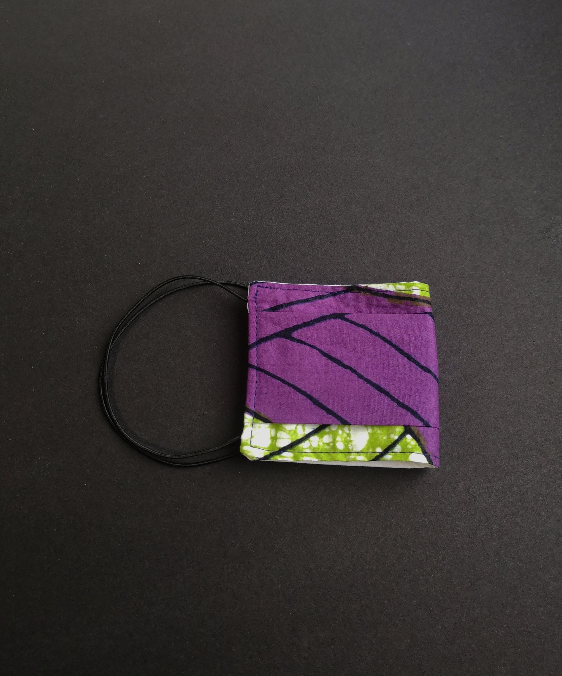 masque en tissu lavable et réutilisable violet dikta